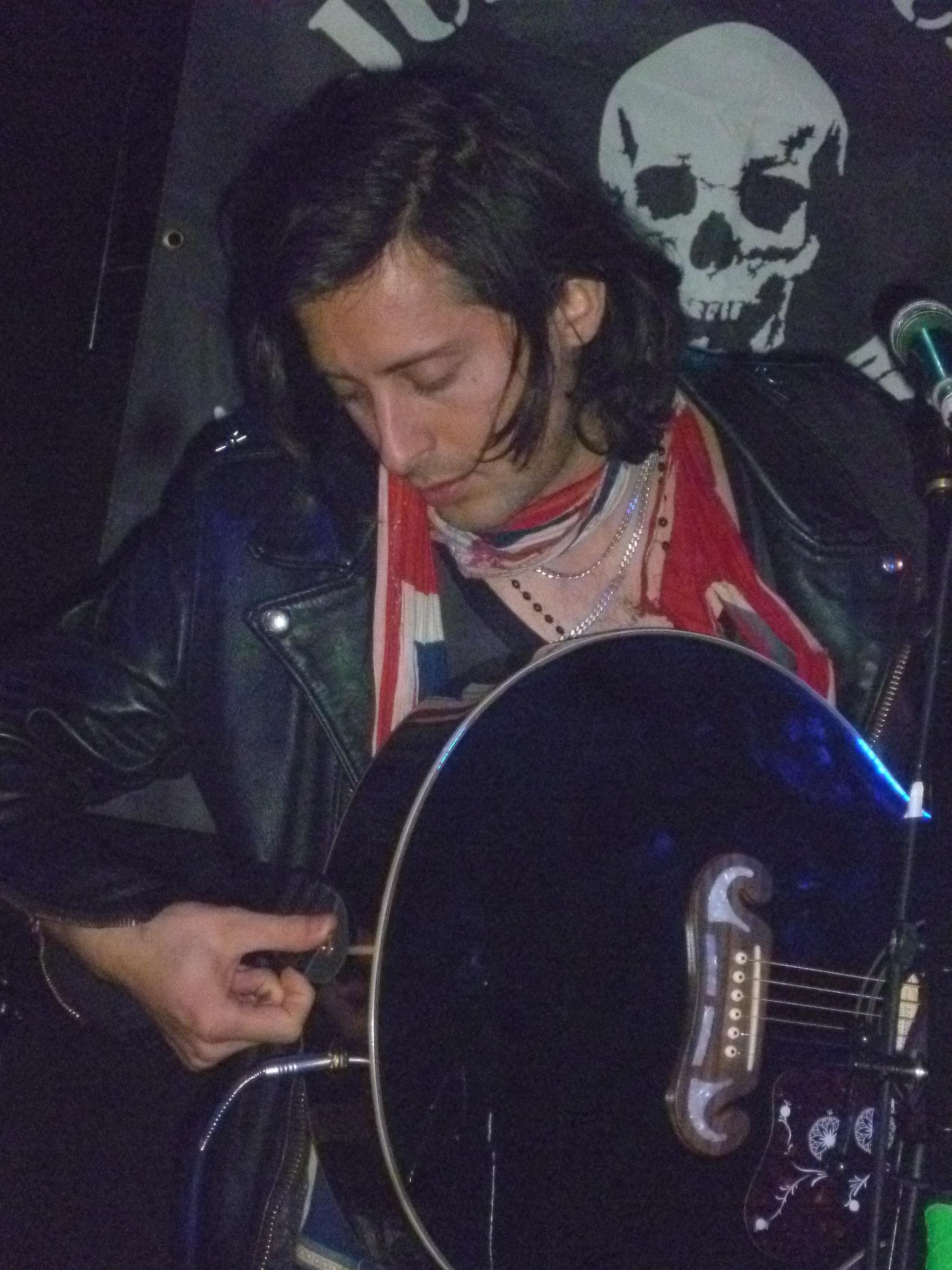 Carl Barat (4)