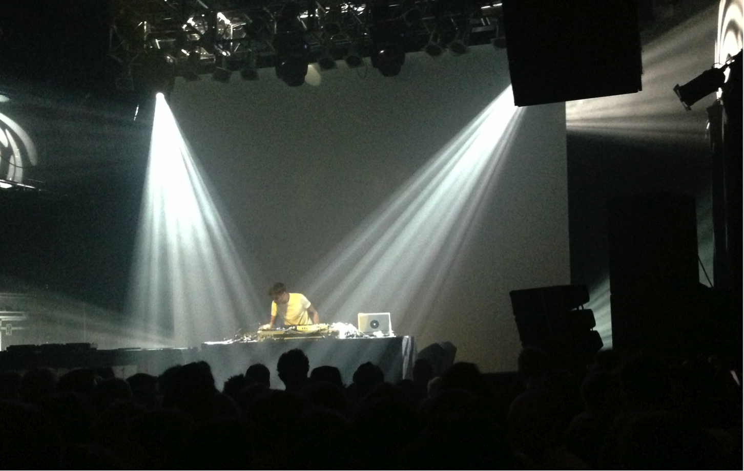 Gillioan Jon Hopkins