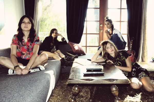 Warpaint - Living Room