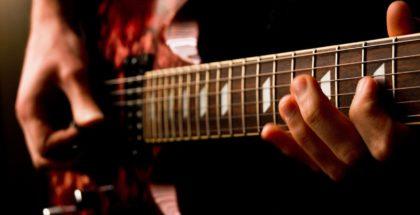 Electric_guitar_(477101105)