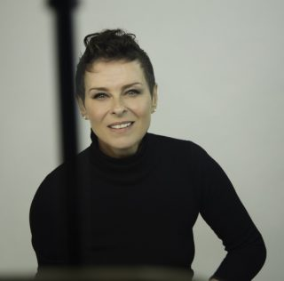 A CHAT WITH: LISA STANSFIELD